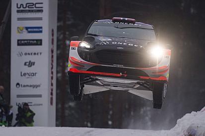 Video: Hoe Østberg in de Rally van Zweden 44 meter door de lucht vliegt