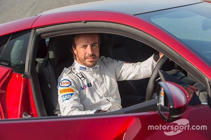 Pilotos de F1, MotoGP y coches de calle
