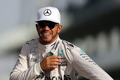 Vídeo: Hamilton disfruta al volante del Mercedes C63