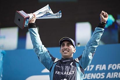 بويمي يفوز في الأرجنتين ليواصل حصد العلامة الكاملة هذا الموسم