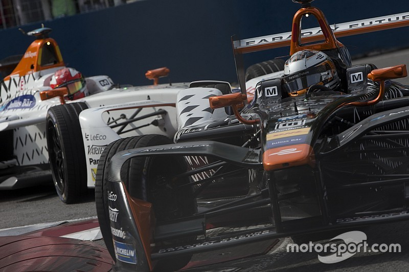 Duel tussen Dragon Racing-teamgenoten zorgt voor spanning