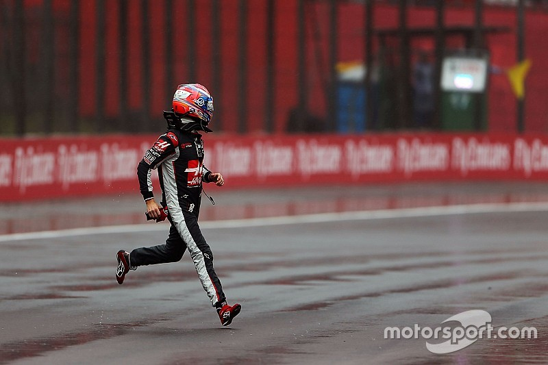 Après le crash du Brésil, Grosjean est préposé aux essais de pneus pluie