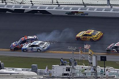 NASCAR-Clash in Daytona: Logano siegt nach Unfall in Schlussrunde