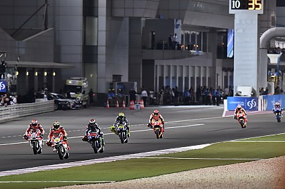 Pilotos da MotoGP dizem não querer correr à noite com chuva