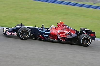 Fotostrecke: Alle Formel-1-Autos von Toro Rosso seit 2006