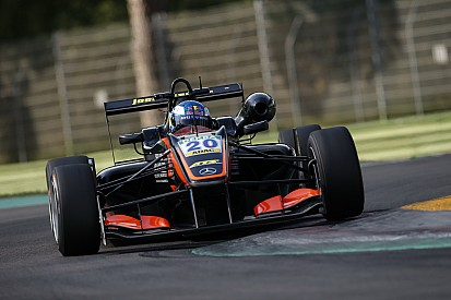 Харрисон Ньюи проведет второй сезон в Европейской Ф3