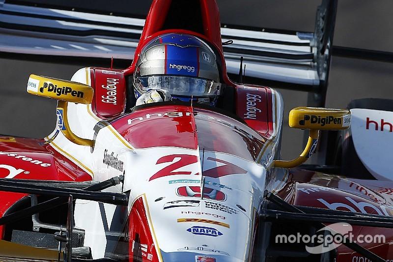 Andretti lidera en la primera práctica libre