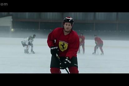 VÍDEO: Kimi joga hóquei em comercial da Ferrari
