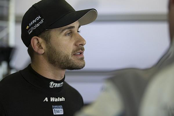 Albert Park Australian GT: Walsh beats van der Linde in opener