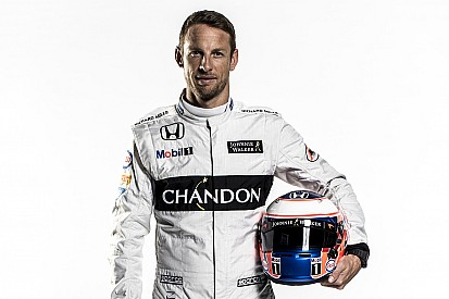 Button újra F1-es autóban!