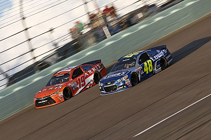 """Jimmie Johnson doesn't want to """"go Carl Edwards"""""""