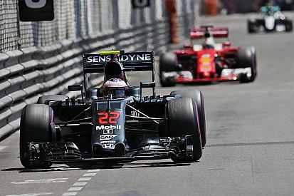 Hamilton hoopt op Button als vervanger van Alonso in Monaco