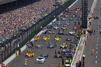 """Ricciardo over Indy 500-deelname Alonso: """"Ik begrijp zijn frustratie"""""""