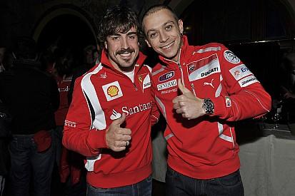 """Rossi se diz """"interessado"""" em acompanhar Alonso na Indy 500"""