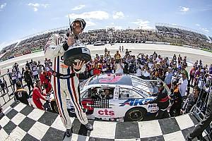NASCAR Mexico Crónica de Carrera Rogelio López se lleva la victoria en San Luis Potosí