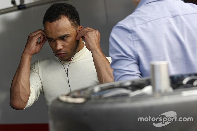 Nicolas Hamilton announces racing return