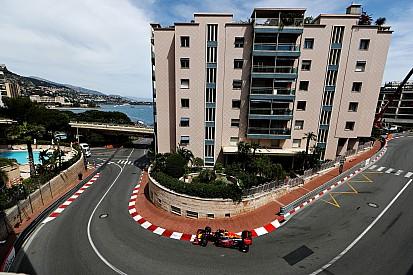 """Verstappen: """"Er komen een paar goede dingen aan voor Monaco"""""""