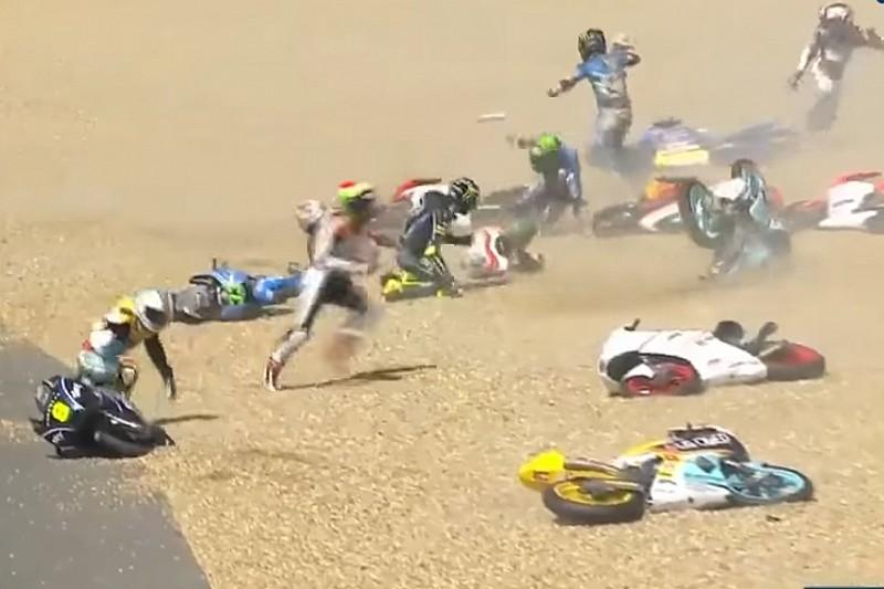 Grande strike na Moto3 e queda de Rossi; o domingo na França