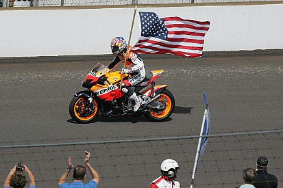 Indianapolis Motor Speedway pays tribute to Hayden