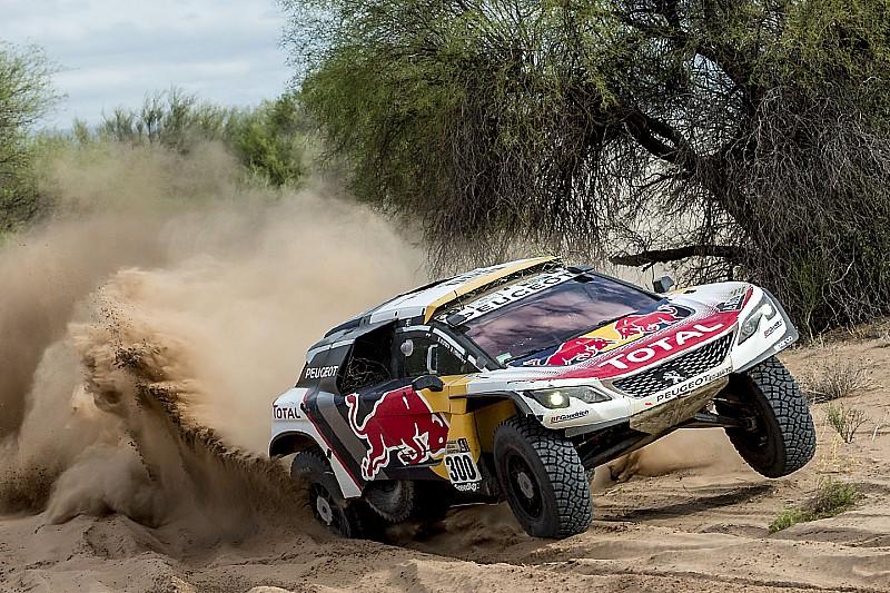 Peugeot se plantea dejar el Dakar si la normativa cambia