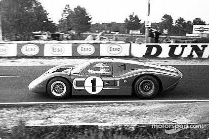 A.J. Foyt fél évszázad után visszatér Le Mans-ba
