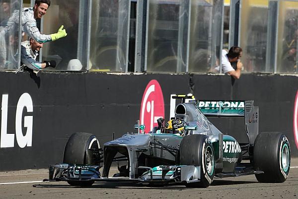 La Mercedes victorieuse de Hamilton en 2013 est à vendre!