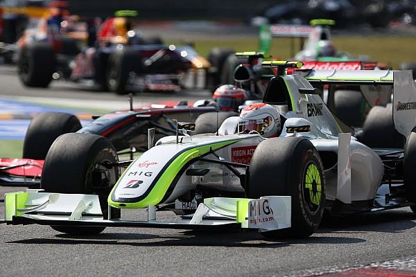 Modern F1-es autón a Brawn GP festése