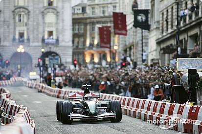 Formel 1 vor Demonstrationsfahrten in London
