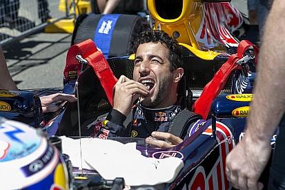 Hamilton Vs. Ricciardo a Hungaroringen: ez nagyot szólt!