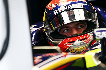 Horner ignora si Max Verstappen se quedará en Red Bull tras 2019
