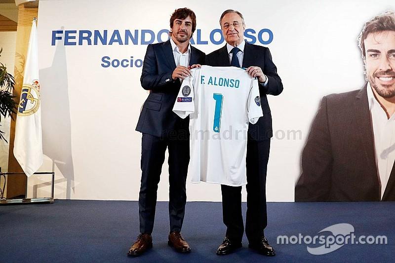 نادي ريـال مدريد يمنح ألونسو لقب العضو الفخري