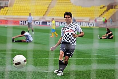 Sergio Pérez y sus placeres personales: postres y futbol