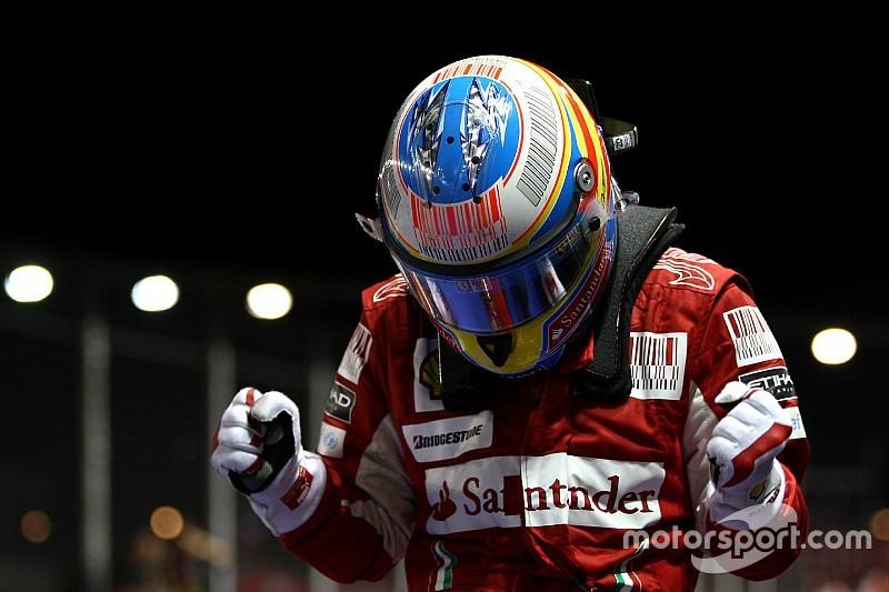 Singapur GP'sini kazananlar ve podyuma çıkanlar