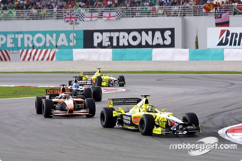 Bekijk de Grand Prix van Maleisië 2001 in zijn volledigheid terug