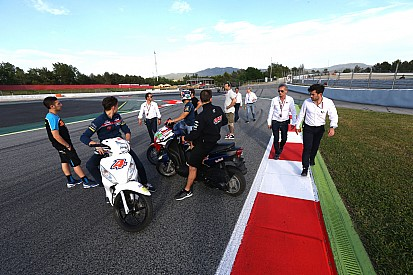 MotoGP-rijders stemmen in met terugkeer van veelbesproken bocht 12 in Barcelona