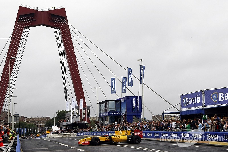 F1 begins talks to hold Dutch street race