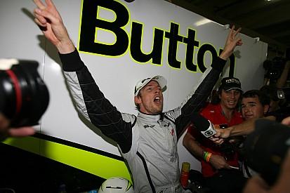 A tündérmese beteljesedett, Jenson Button világbajnok lett a Brawnnal
