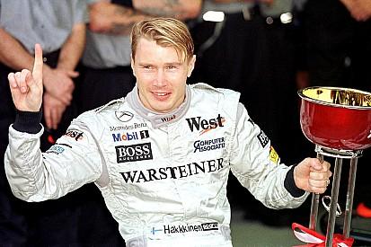 1 november 1998: Mika Hakkinen pakt wereldtitel Formule 1 in Suzuka