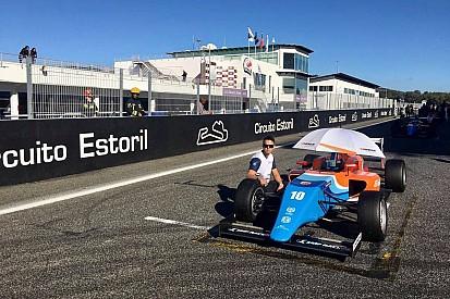 Смоляр стал вторым в испанской Ф4. Итоги недели для российских пилотов