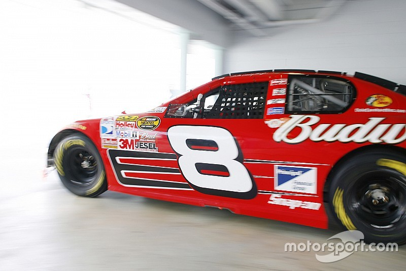 Budweiser honors Dale Earnhardt Jr. with 'One Last Ride' tribute video