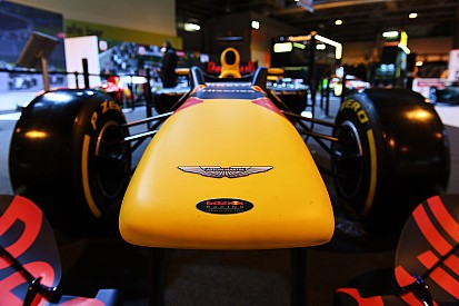 """Aston Martin """"bazı"""" F1 takımlarının ilgisini çekiyor"""