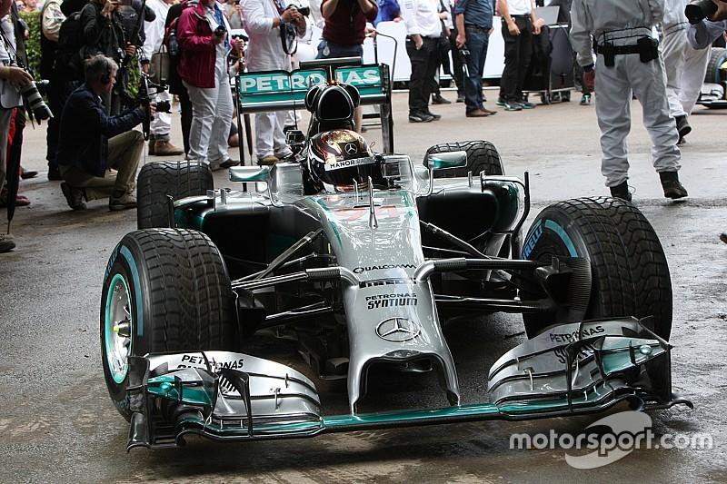Mercedes, Wehrlein'ı bırakmayacak