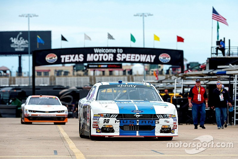 Ryan Truex asciende a serie Xfinity con Kaulig Racing