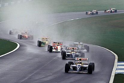 """Hamilton: Des virages comme ceux de Donington """"manquent à la F1"""""""