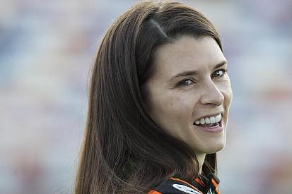Danica Patrick fecha acordo para correr Daytona 500