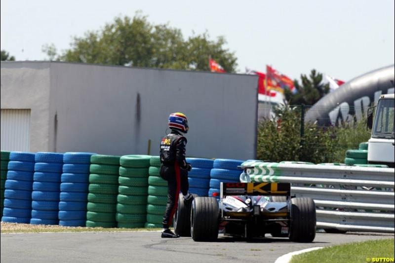 Mark Webber, Minardi, Qualifying, French Grand Prix, Magny Course, France, July 20th 2002.