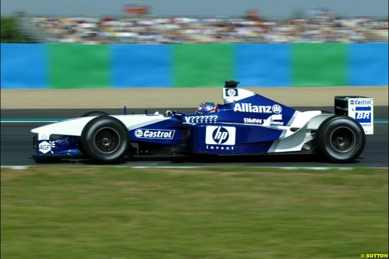 Juan Pablo Montoya, Williams, Qualifying for the French Grand Prix, Magny Cours, France, July 20th 2002.