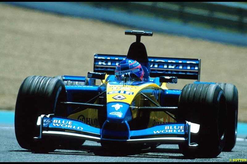 Jenson Button, Renault, secures a point. French Grand Prix, Magny Cours, France, July 21st 2002.