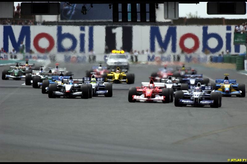 The start of the French Grand Prix, Magny Cours, France, July 21st 2002.