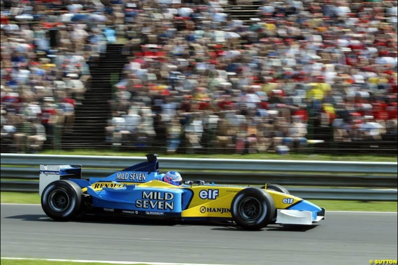 Jenson Button, Renault, during Qualifying, Hungarian Grand Prix, Budapest, August 17 2002.